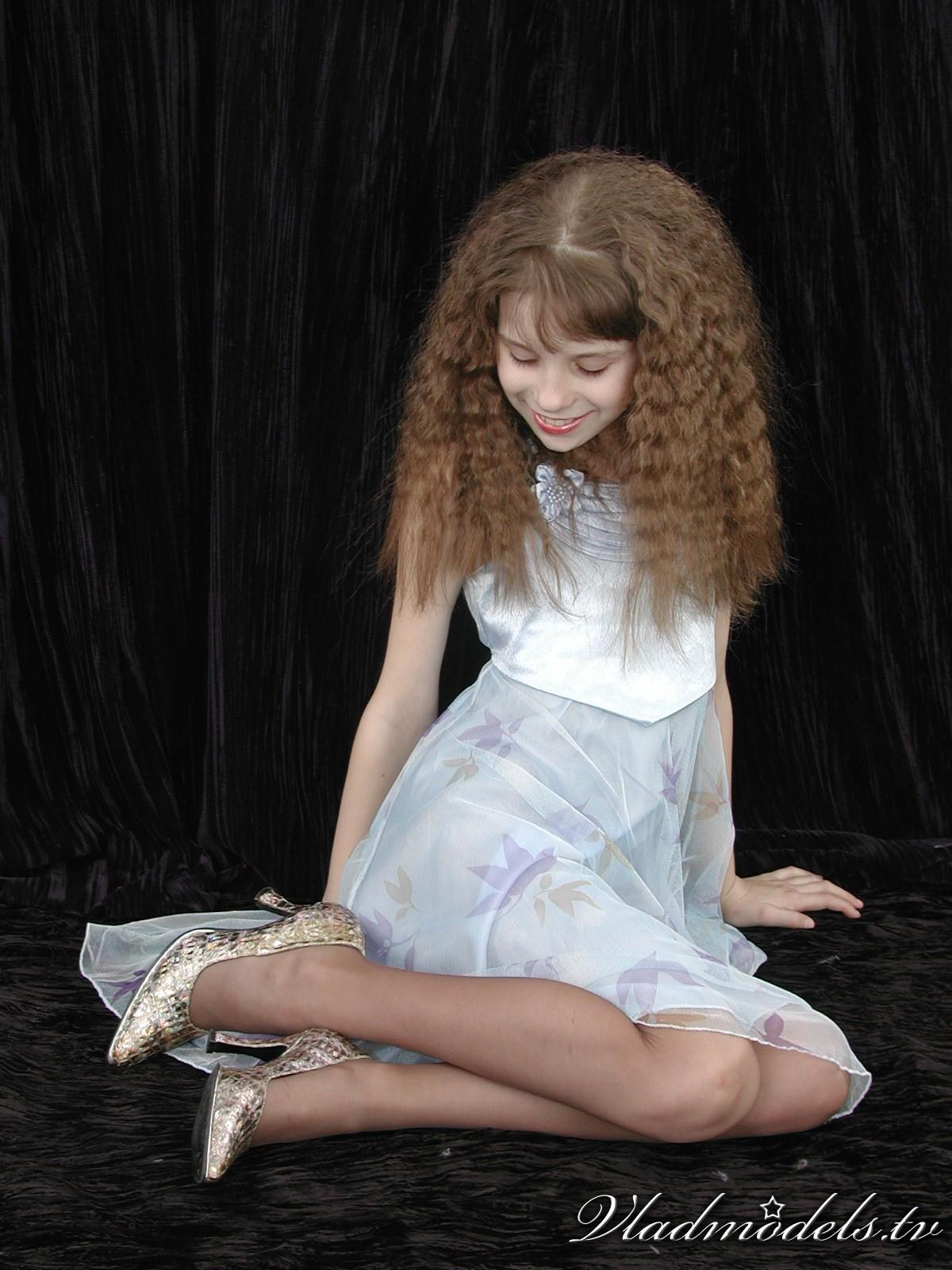 Yulya Set Photos