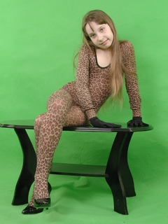 320 52 kb jpeg yulya n23 preteen model http vladmodels tv model n23