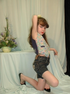 of ksenya pin blue damask wallpaper vladmodels katya y111 set
